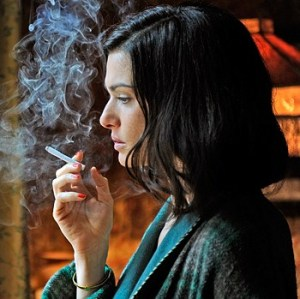 Rachel Weisz as Hester Collyer. Image courtesy www.goldderby.com